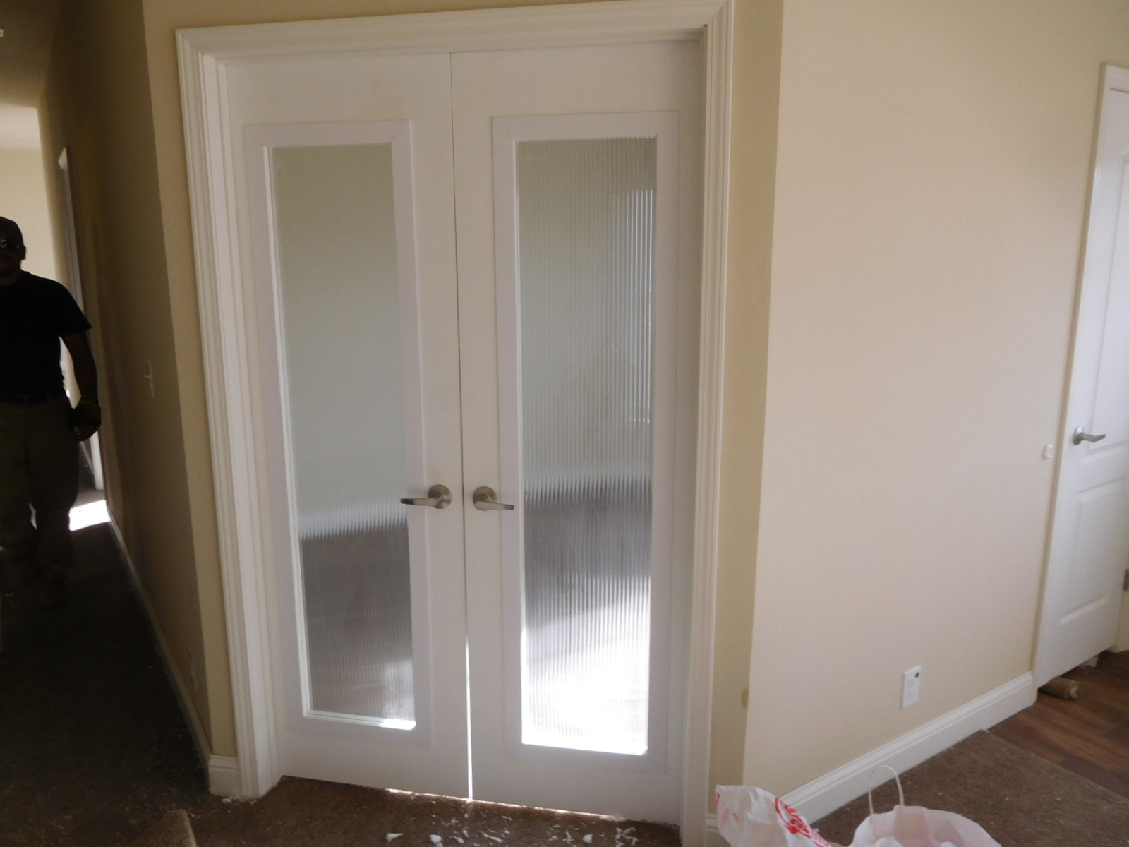 kern-doors & kern-doors - Liscott Custom Homes Ltd.