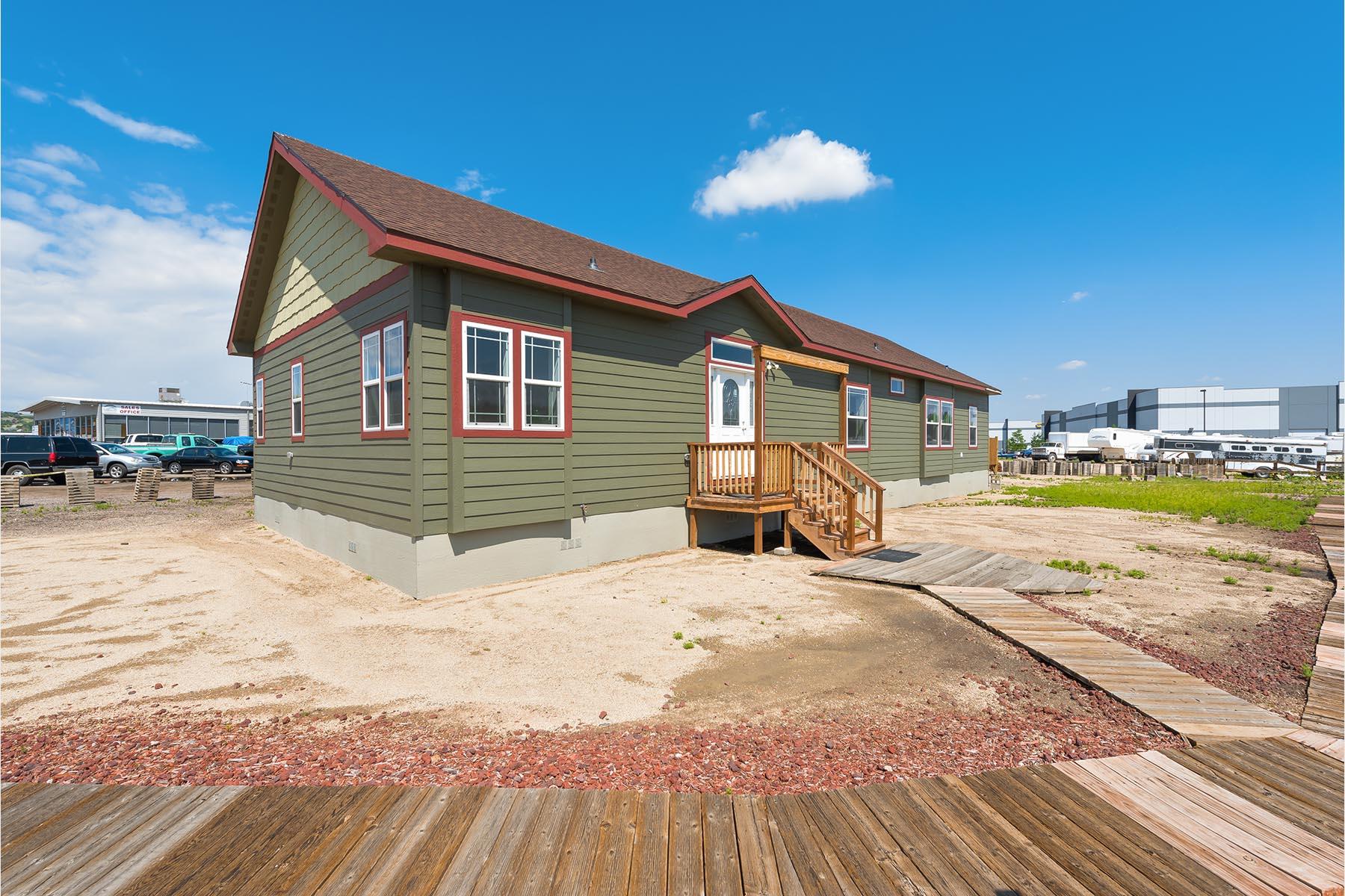 York built y77 exterior 2 liscott custom homes ltd for New build homes under 250k